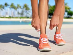runners exercising